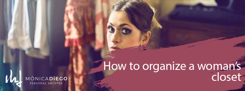 How to organize a woman's closet